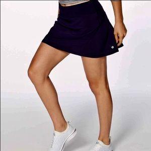 Lululemon Pace Setter Skirt in BK, SZ 8❤️